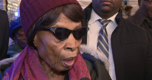 85-Year-Old Granny Fights to Get Back Into Her Home After A Typo Got Her Evicted