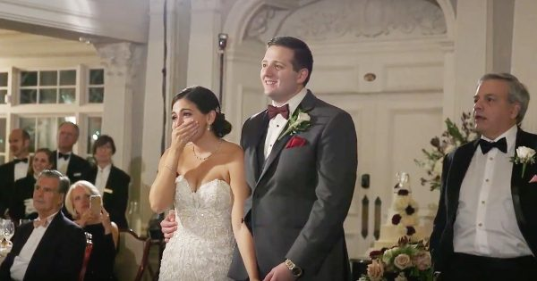 Wedding Flash Mob Leaves The Bride In Awe