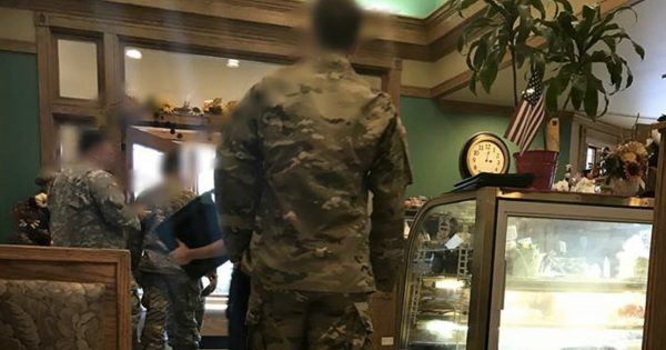 Soldiers Stop For Lunch, Then Waitress Finds Something On Their Table