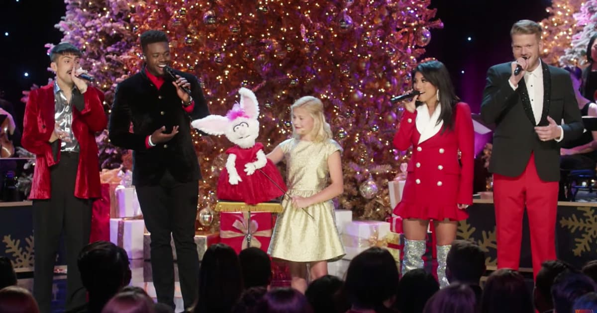 Ventriloquist Darci Lynne Sings With Pentatonix_GodUpdates