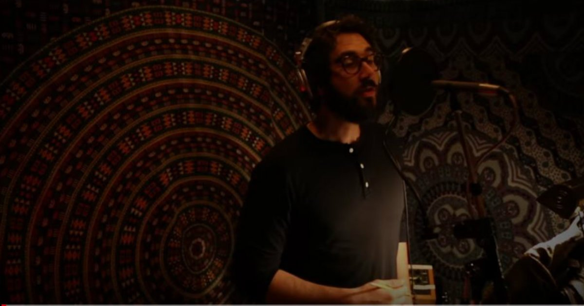 Josh Groban Performs A Christmas Classic In Heartwarming Video