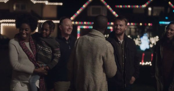 New Neighbors Are Welcomed By A Christmas Surprise