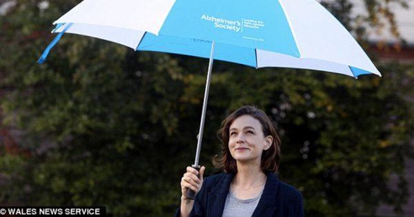 Hollywood Actress Speaks Out As Grandma Battles Dementia