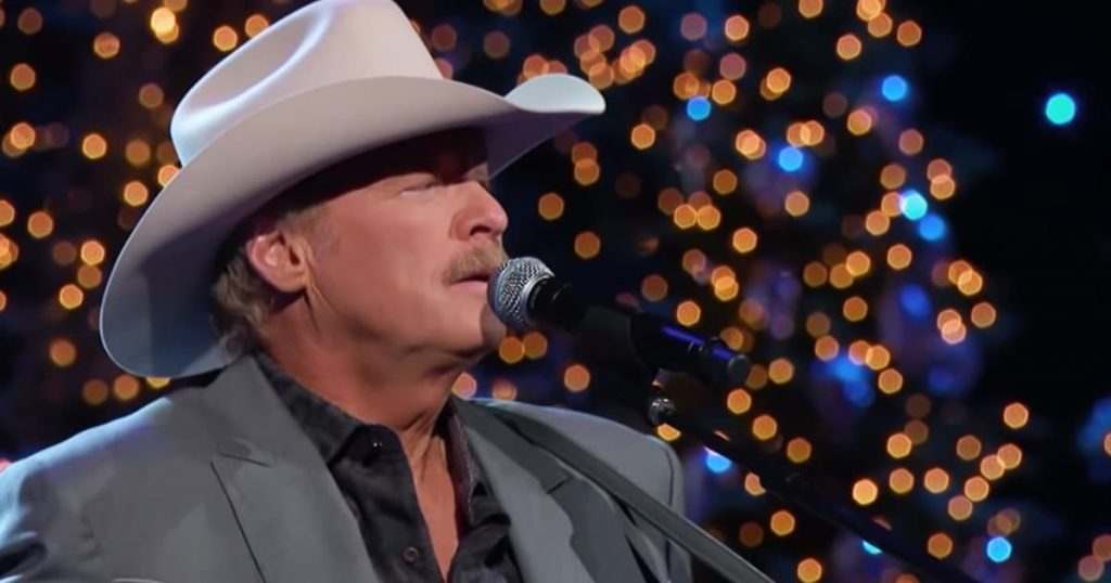 Alan Jackson Sings 'Have Yourself A Merry Little Christmas'_GodUpdates