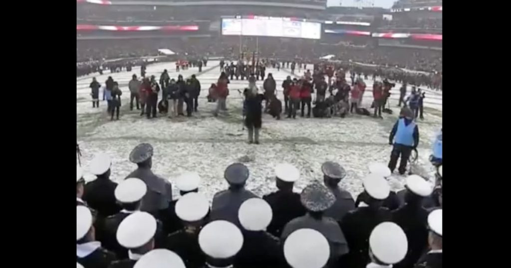 Army And Navy Glee Club Sing The National Anthem In The Snow_GodUpdates