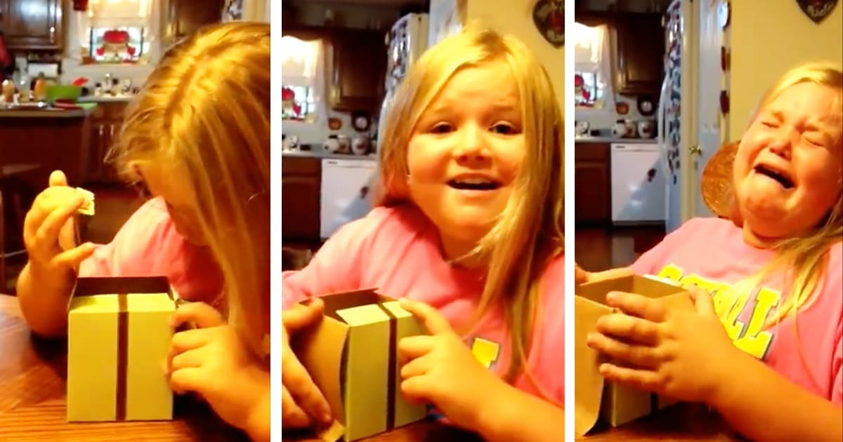 Sister Finds Out She's Getting A Sibling With Cupcake_GodUpdates