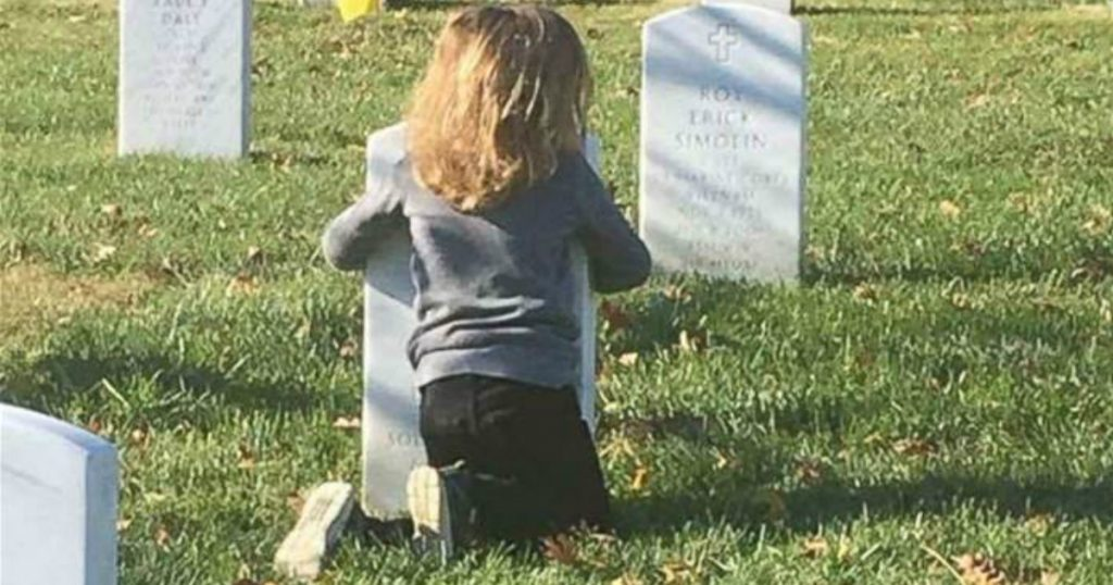 godupdates two sons visited their father's grave viral photos 2