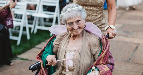 Grandma Was A Flower Girl At Brides Wedding And It Was Precious