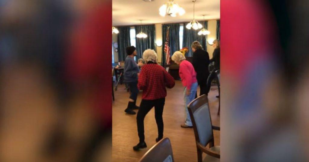 godupdates groovin' granny dances