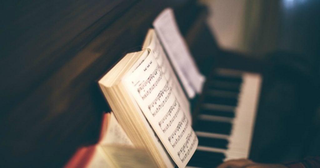 godupdates 6 hymns teaching bad theology 1