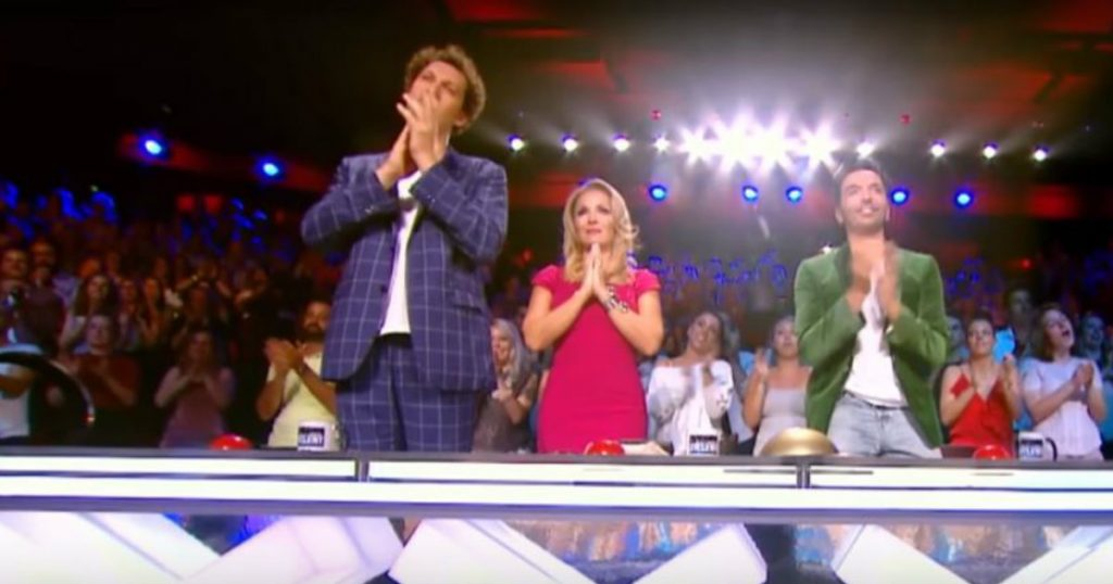 godupdates elderly woman gives flawless France's got talent audition