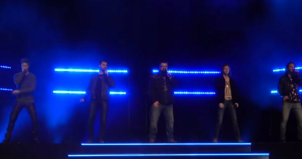 godupdates music group home free performs