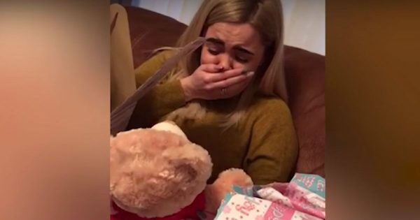 She Was Grieving The Passing Of Her Nana When Her Friend Gave Her A Surprise