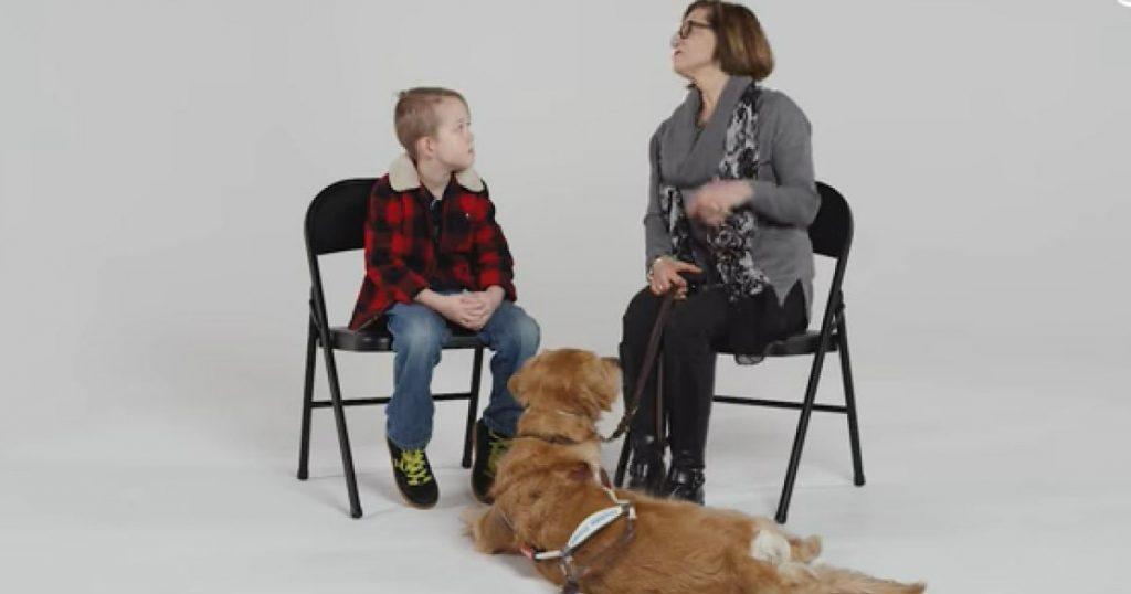 Godupdates kids meet guide dog
