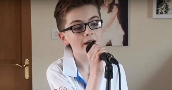 Teenage Singer Does A Beautiful Cover Of A Country Song