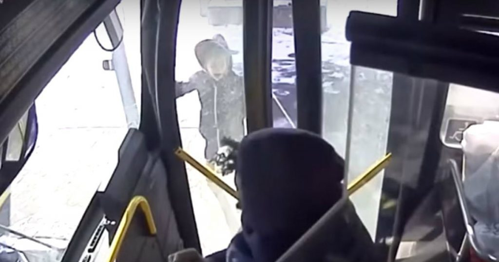 godupdates bus driver comforts crying little girl