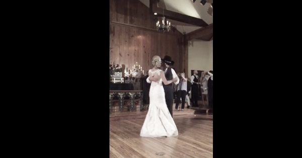 Father Daughter Wedding Dance Has The Whole Crowd Cheering