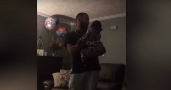 Dad Sings A Special Song To His Deaf Sons And Is Moved To Tears