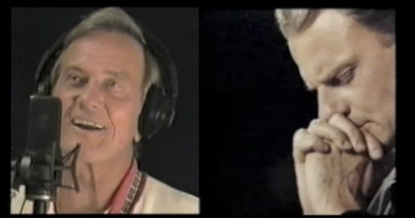 Musicians Thank Billy Graham In A Song Of Gratitude