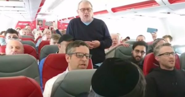 Choir Gave Passengers A Free Concert While On Their Flight