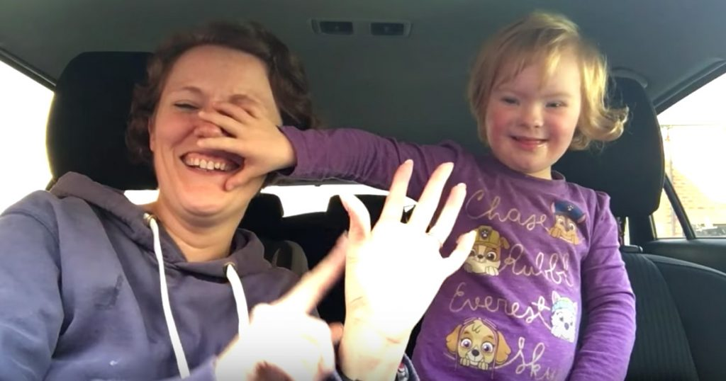 50 Moms Perform Lip Sync With Children With Down Syndrome