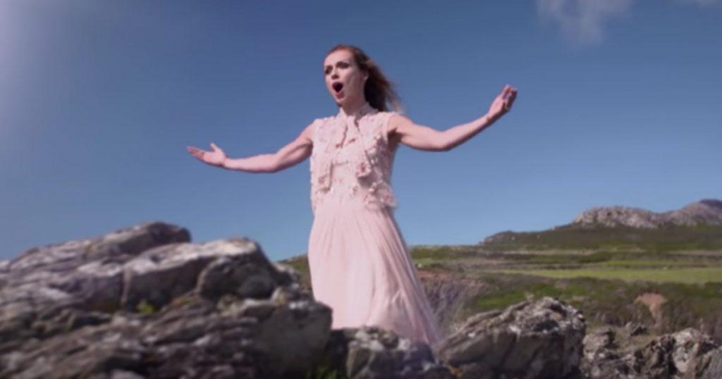 Katherine Jenkins Sings 'How Great Thou Art'