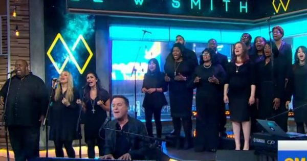 Michael W. Smith Sings A Very Powerful Song Live On T.V.