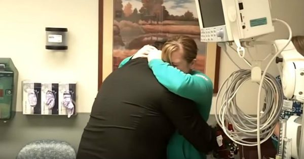 Paramedic Surprised His Girlfriend With A Proposal That She Would Never Forget