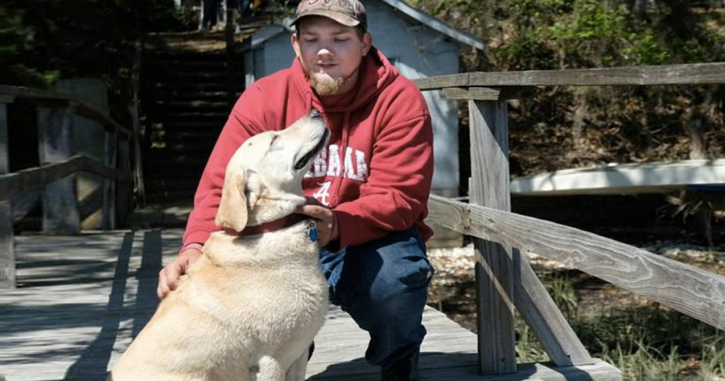 godupdates real news story about a river rescue dog saves drowning man 2