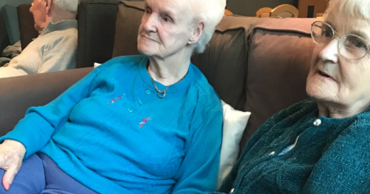 godupdates viral photo of lonely grandma with dementia making friend fb