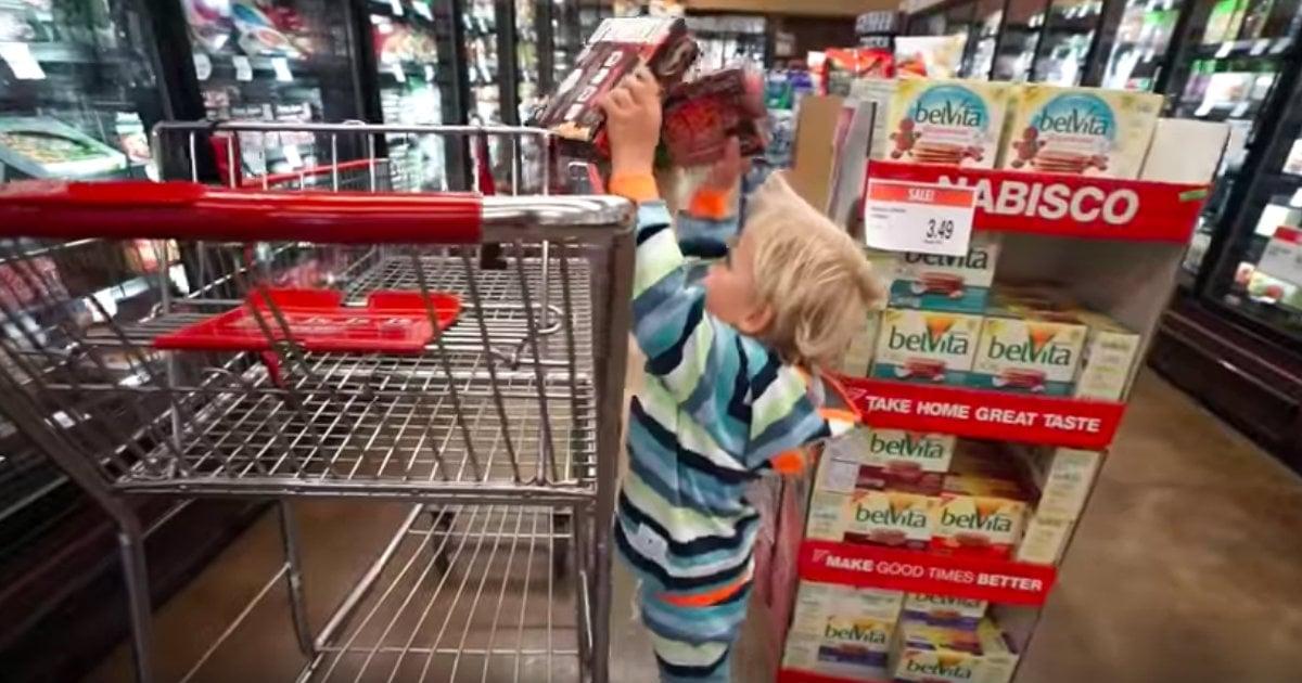 godupdates precious 3-year-old boy cooks dinner