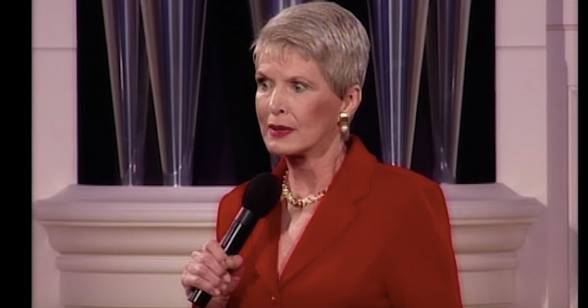 Christian comedian Jeanne Robertson On Left Brain Hearing Loss - Royal Wedding