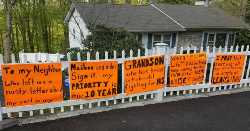 godupdates note shaming grandma for unkempt yard2