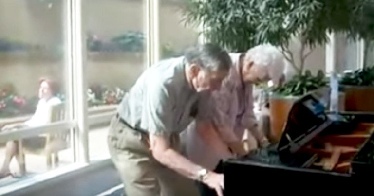 90-year-old couple plays piano duet