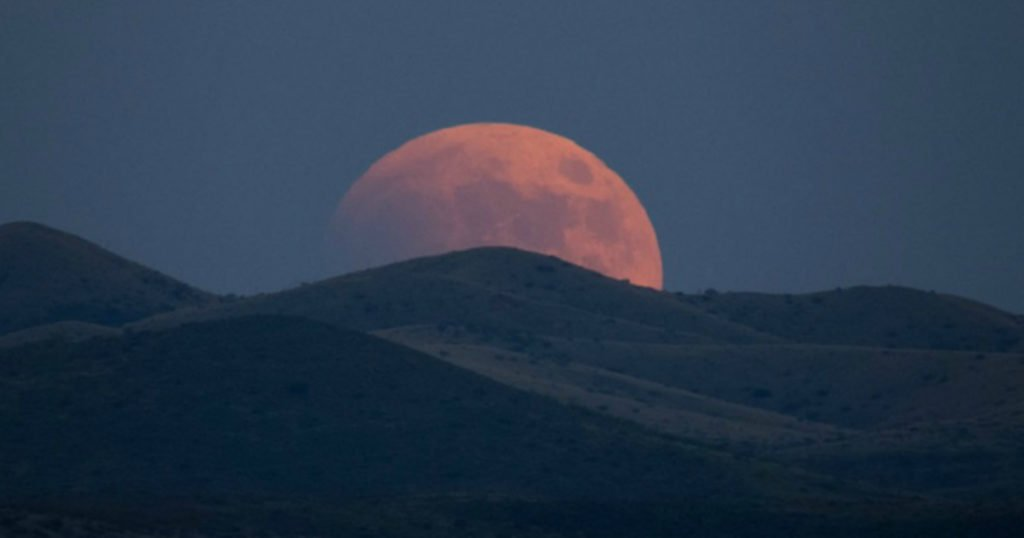 july's blood moon end times 1