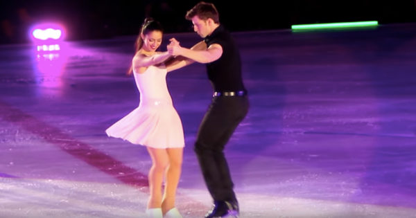 Ice Skaters Perform To 'I've Had The Time Of My Life'