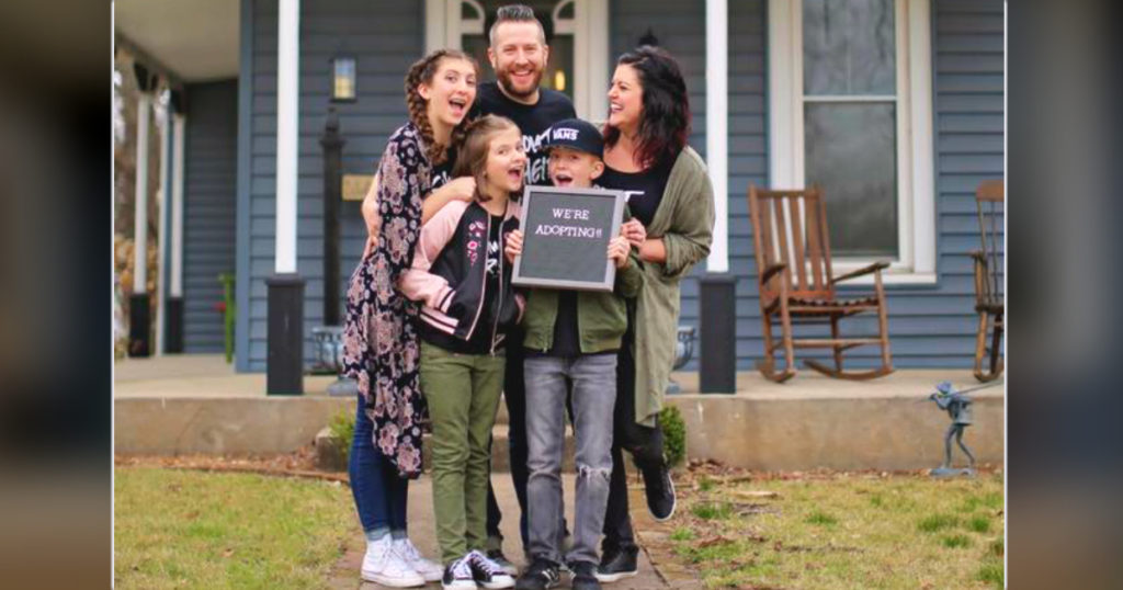 chip and joanna gaines helped couple adopt 1