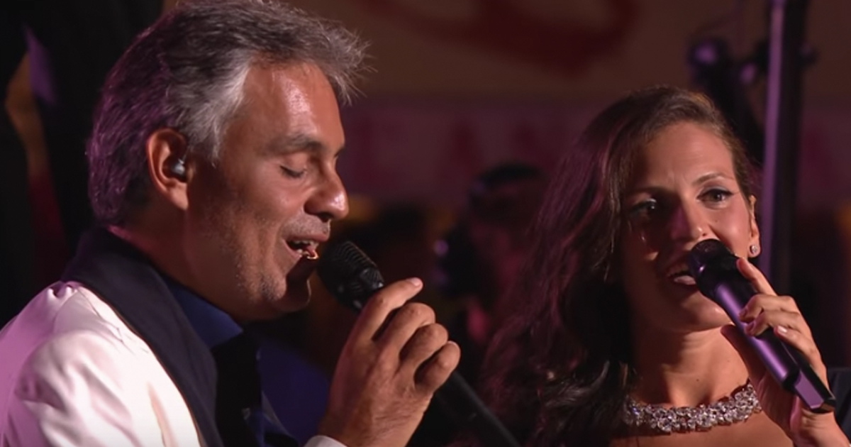 Andrea Bocelli and Wife Veronica Perform Romantic Duet 'Qualche Stupido'