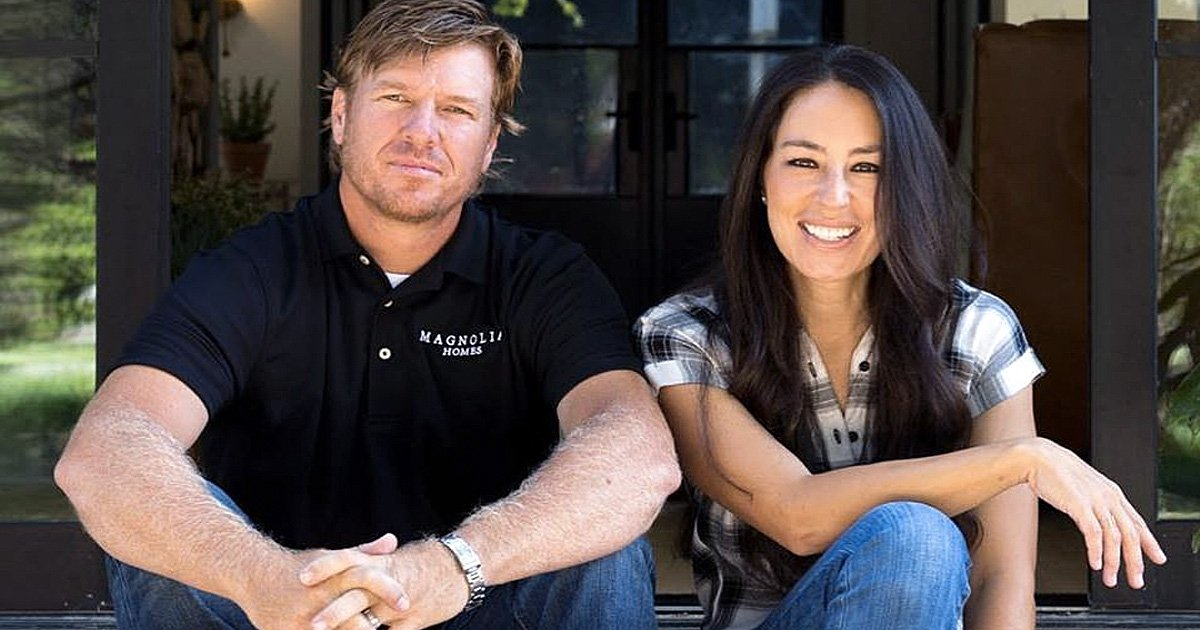 real reason fixer upper ended chip and joanna gaines fb