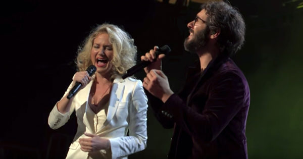 Josh Groban And Jennifer Nettles Perform Beautiful Duet Of '99 Years'