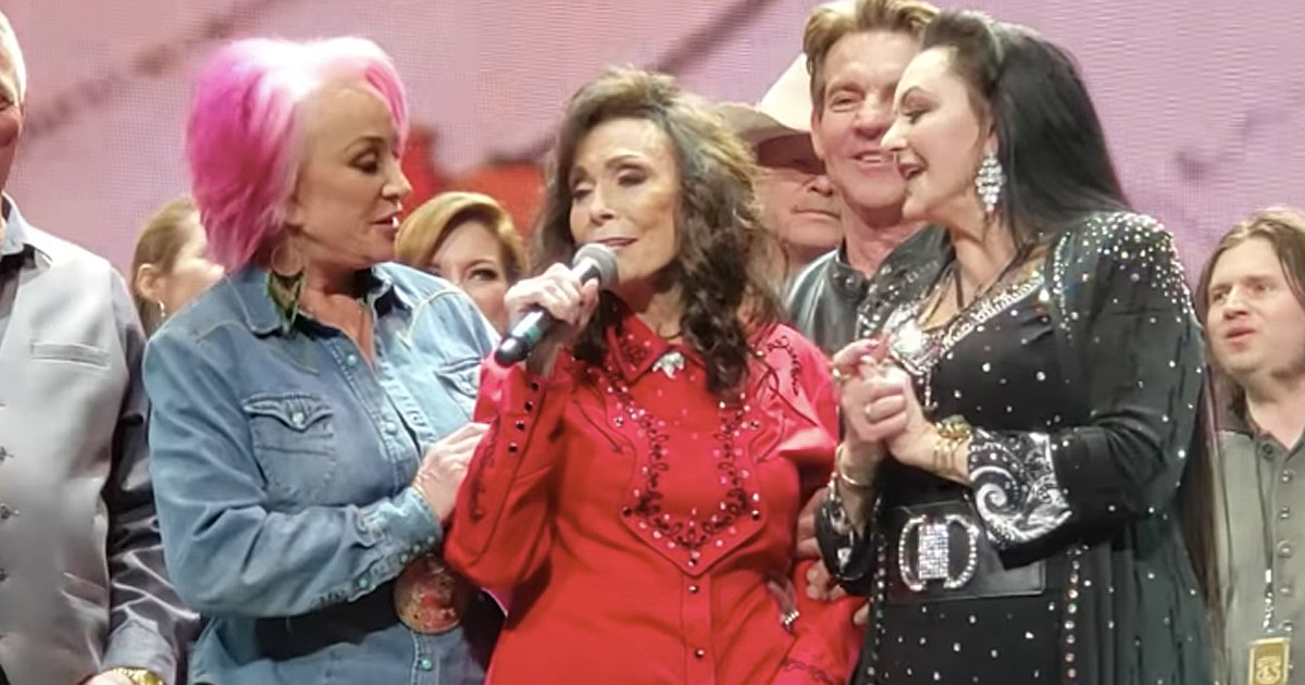 loretta lynn age 87 birthday concert christian celebrities