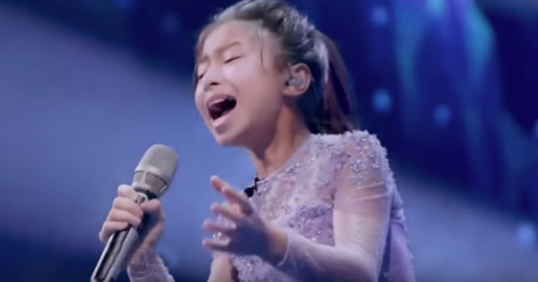 Celine Tam Auditions With Original Song 'Who I Am' And Earns Golden Buzzer