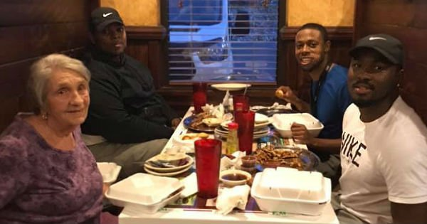 3 Men Ask Elderly Woman Sitting Alone To Join Them And Her Reply Reveals God At Work