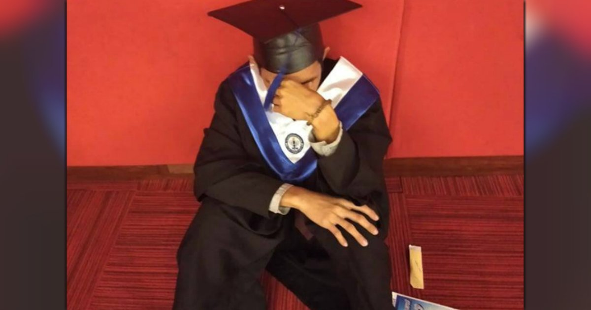 college student sobs graduation jeric rivas