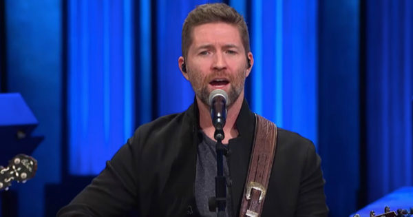 'Me And God' Performance By Josh Turner And Special Guests Is What My Soul Needed Today
