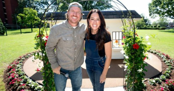 Chip And Joanna Gaines Raise $1.5 Million For St. Jude But Also Design A Very Special Playhouse