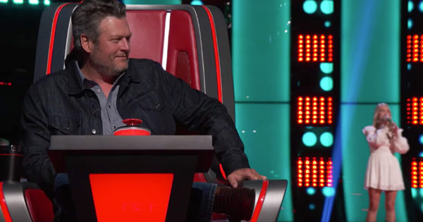 All Four Judges On The Voice Turn For Country Rendition Of 'You Are My Sunshine'