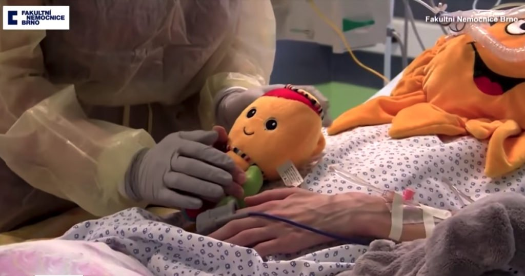 brain-dead mom 117 days life support gives birth