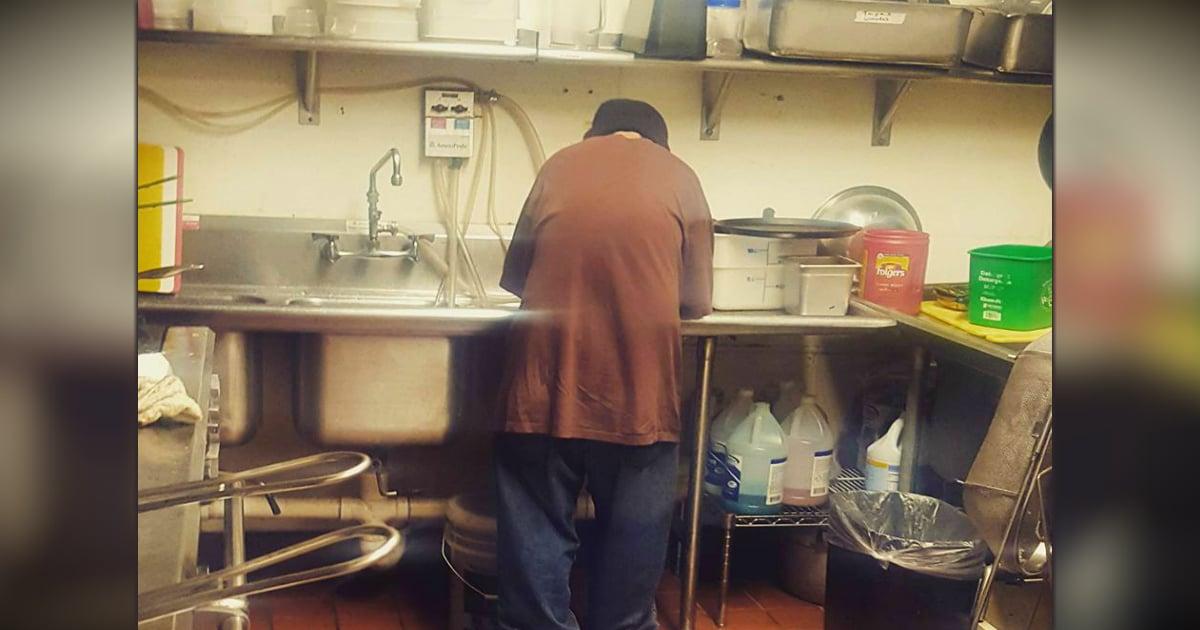 homeless man gets job abi's cafe minneapolis minnesota