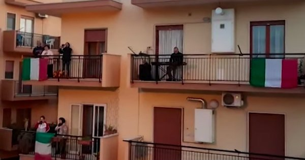 Quarantine in Italy 300 sing from balconies